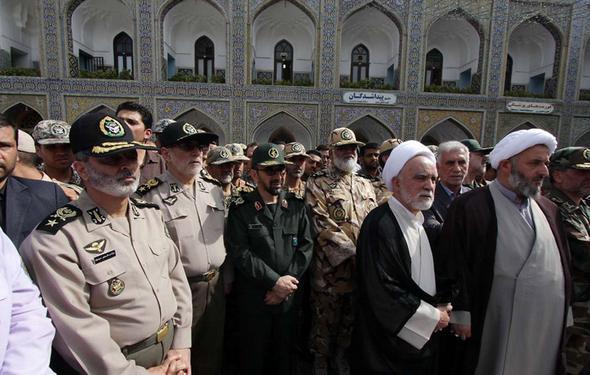 تصاویر : تشییع همسر فرمانده ارتش