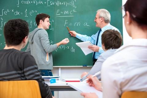 مؤلفه های موفقیت در آزمون سراسری و دلایل ضعف نظام آموزشی