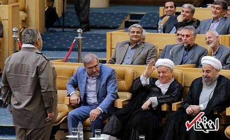 توجیه شیرین فیروزآبادی درباره سلام نظامی به هاشمی: به روحانی سلام نظامی دادم نه هاشمی! + عکس