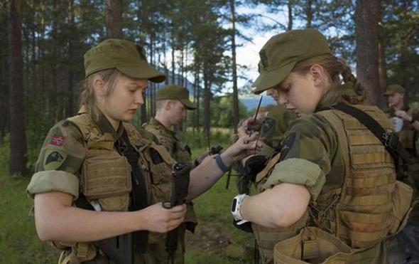 تصاویر : خدمت سربازی زنان در نروژ