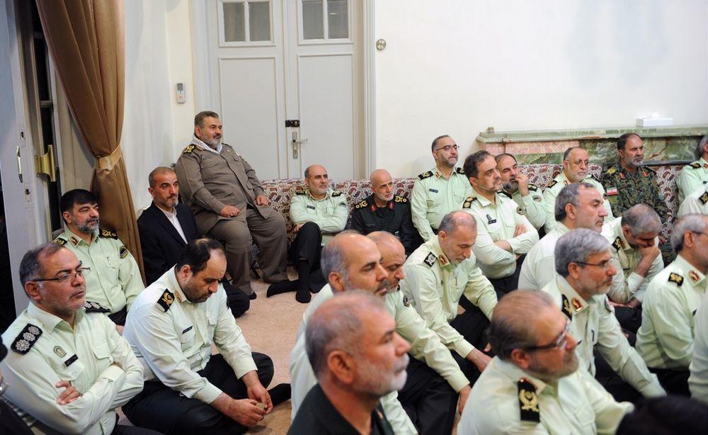 تصاویر : دیدار فرماندهان ناجا با فرمانده معظم کل قوا
