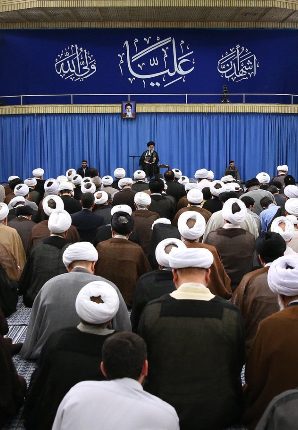 تصاویر / جلسه درس خارج فقه مقام معظم رهبری