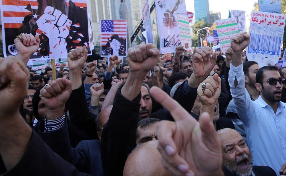 تصاویر : راهپیمایی 13 آبان در تهران