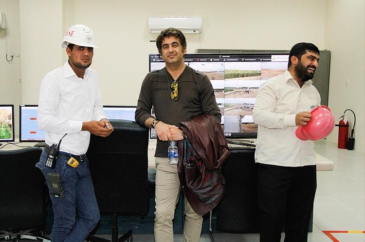تصاویر : بازدید هنرمندان از پروژه های نفتی در جنوب کشور