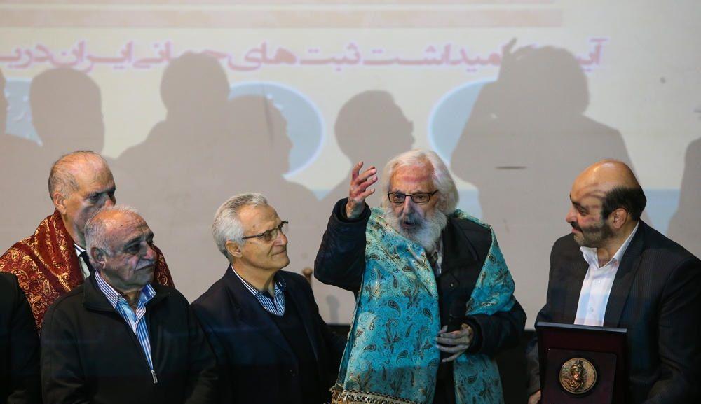 تصاویر : مراسم بزرگداشت جمشید مشایخی