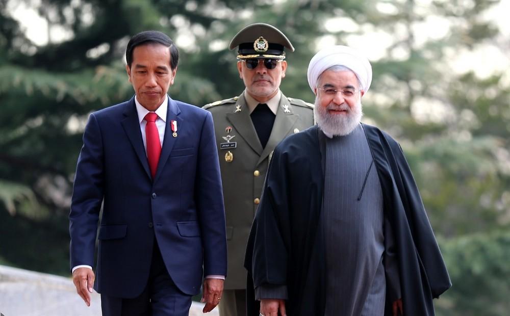 تصاویر : استقبال رسمی روحانی از رئیس جمهور اندونزی