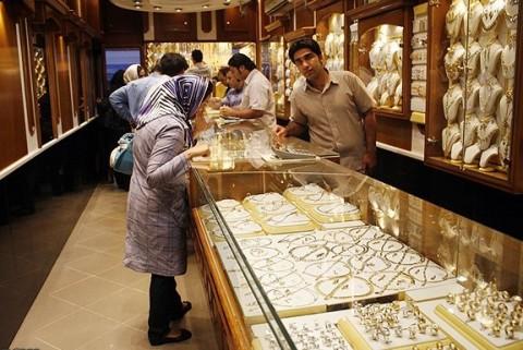 کاهش قیمت طلا و سکه در بازار آزاد