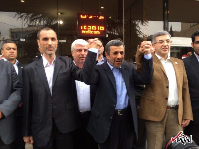 احمدی نژاد ، بقایی و مشایی وارد وزارت کشور شدند/ بقایی: رد صلاحیت شوم در هر شرایطی قول میدهم به قانون تمکین کنم/ احمدی نژاد: برای تایید صلاحیت بقایی هرچه در توان دارم انجام میدهم