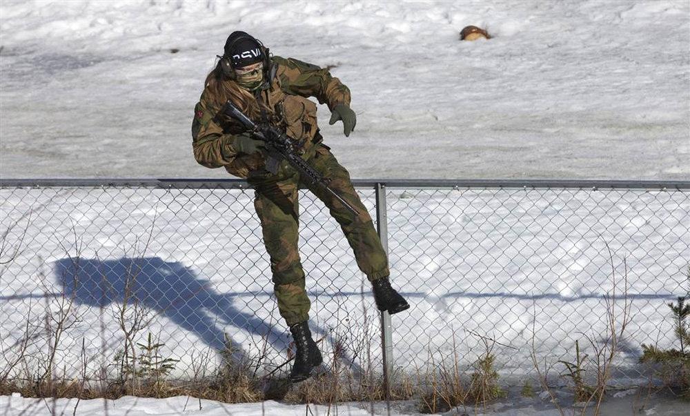 تصاویر : نیروهای ویژه زن در ارتش نروژ