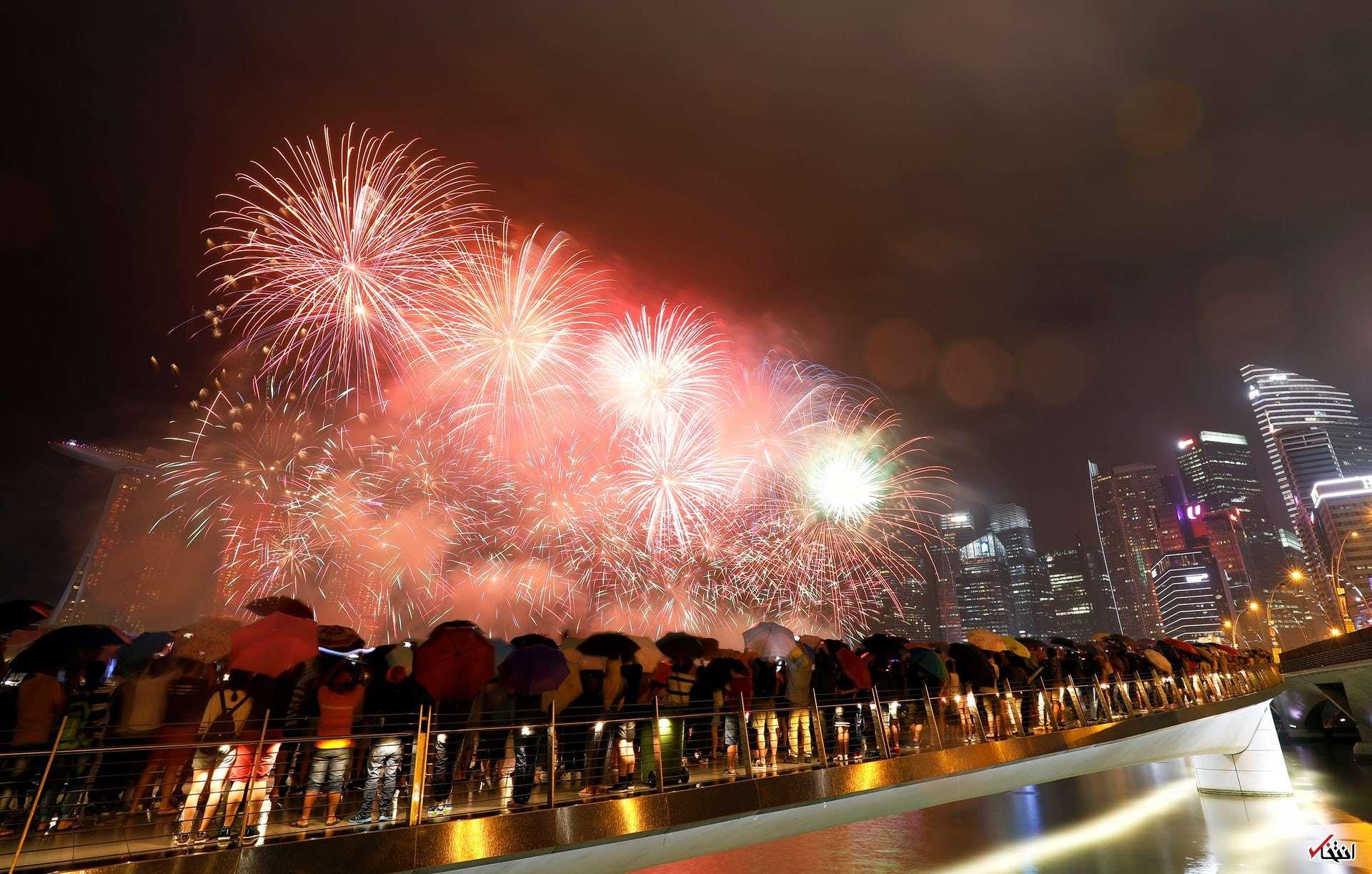 تصاویر : جشن سال نو میلادی در شهرهای مختلف جهان