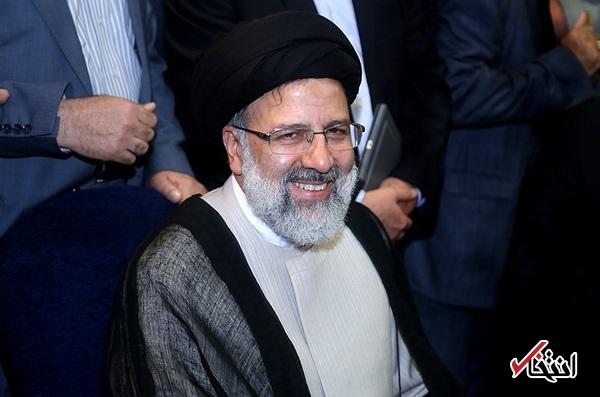 احکام رئیسی برای نزدیکان رییسجمهور سابق/ مناصب اقتصادی آستان قدس به احمدینژادیها رسید