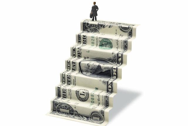 توضیحی درباره سامانه تامین ارز تجار/ دلار فعلا موجود نیست