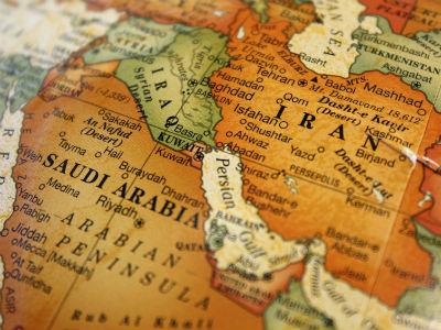 نشانه ها می گوید ایران و عربستان آماده ی یک جنگ می شوند