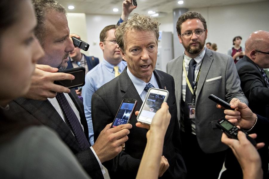 علاقمندان به جنگ نباید وزیر خارجه شوند سناتور آمریکایی