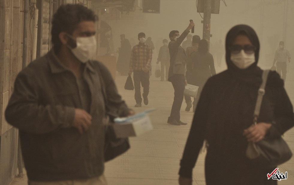 همه ماجرا در تصویر یک ماسک خلاصه نمی شود؛ باید ده سال در هوای خوزستان نفس کشید/ در جست وجوی یک «دَم» ناقابل برای شادمانی