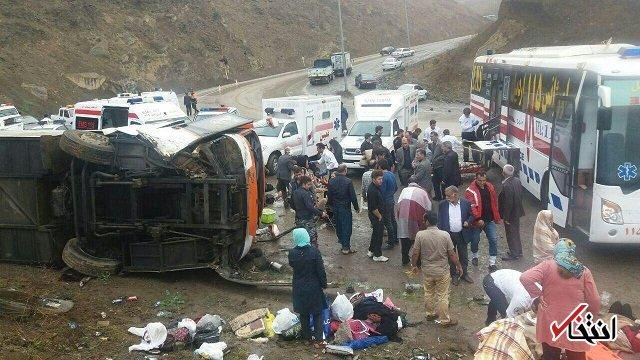 اتوبوس مسافربری در آباده واژگون شد / 2 فوتی و 12 مصدوم