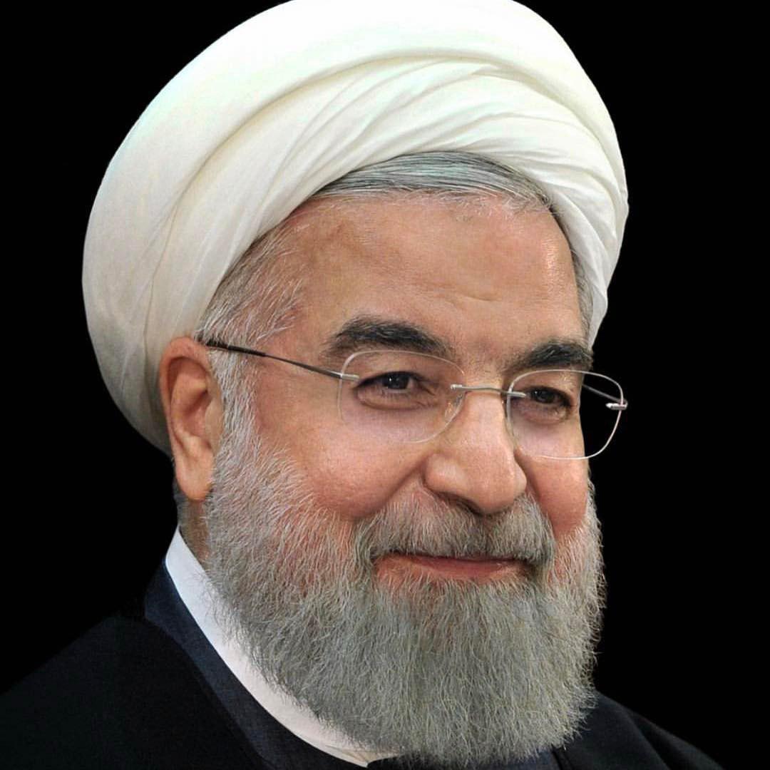 علی اشراقی نوه ی گرامی امام با انتشار تصویری از دکتر روحانی حمایت کرد