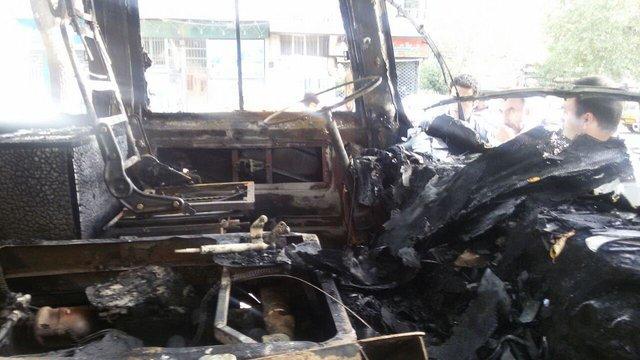 فوت چهار نفر در آتشسوزی مینیبوس در تهران/عکس