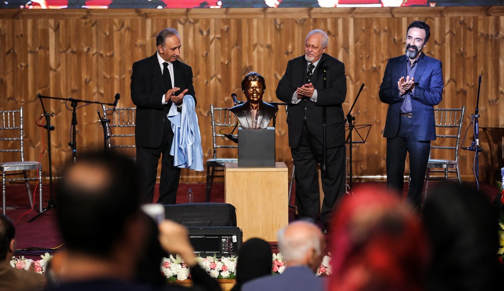تصاویر : مراسم یادبود چهلمین روز درگذشت افشین یداللهی