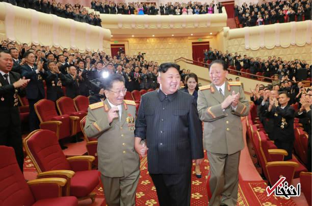 تصاویر : رهبر کره شمالی و همسرش در جشن آزمایش موشک هسته ای
