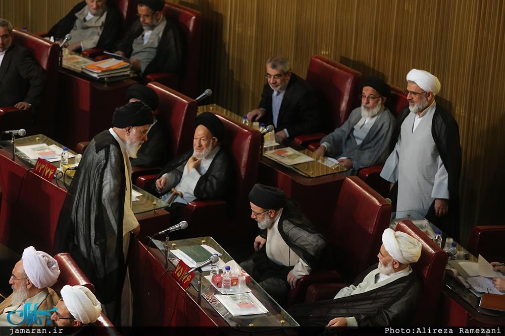 عکس/ واکنش رئیسی هنگام ورود علمالهدی به اجلاسیه خبرگان