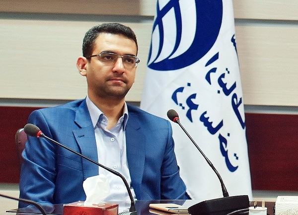 وزیر ارتباطات: استراتژی توسعه پهنباند تدوین میشود/ درخواست وایفای عمومی تا حدی رایگان توسط اپراتورها