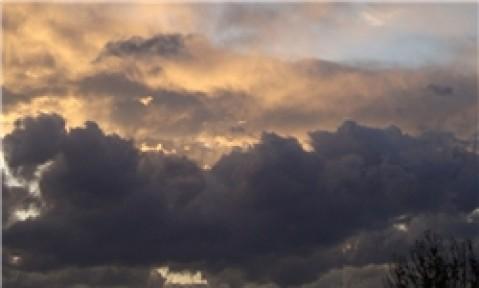 گردوخاک و کاهش کیفیت هوا در شرق / بارش باران از شنبه در گیلان و آذربایجان شرقی