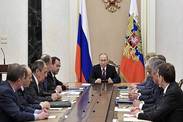 نشست پوتین با اعضای شورای امنیت ملی روسیه درباره سوریه پس از دیدار با اردوغان