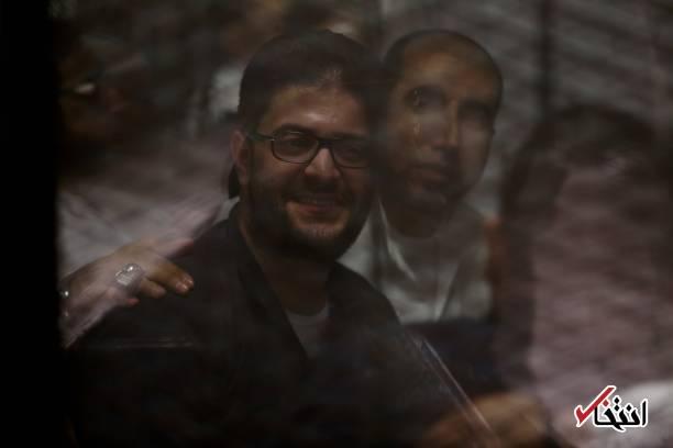 عکس/ محاکمه رهبر اخوان المسلمین و پسر مرسی