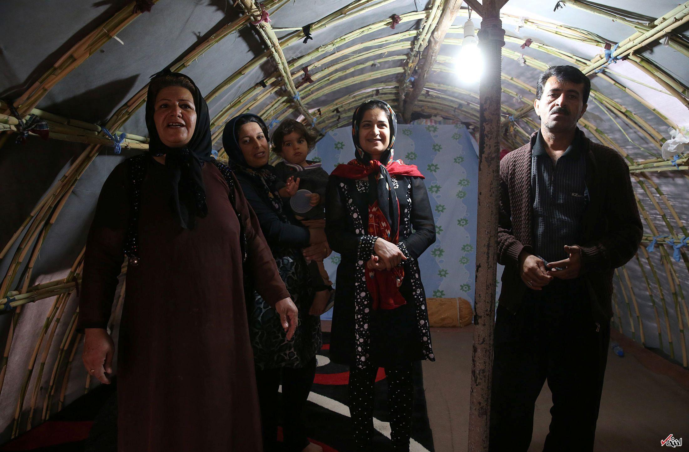 عکس/ بازدید رهبر انقلاب از روستاهای زلزلهزده کرمانشاه