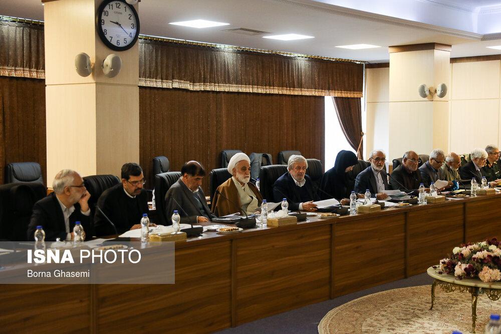 غیبت احمدی نژاد در اولین جلسه مجمع مصلحت نظام به ریاست آیت الله آملی لاریجانی / تصاویر