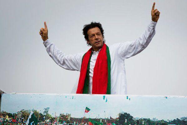 فراموشی مصلحتی «عمران خان» در مورد ایران؟! / عربستان و امارات چگونه در حال حذب نخست وزیر پاکستان اند؟