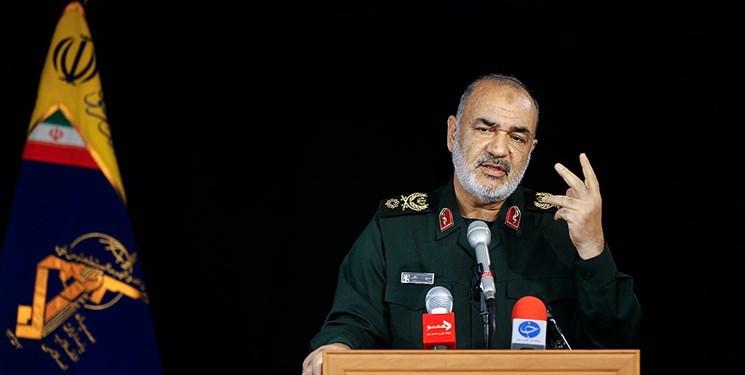 سردار سلامی: توسعه توانمندی موشکی توقف ناپذیر است/ اگر اروپا توطئه کند به یک جهش استراتژیک موشکی روی میآوریم