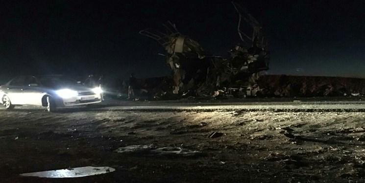ایرنا: انفجار انتحاری در اتوبوس پرسنل سپاه در سیستان و بلوچستان / ۲۰ نفر شهید شدند