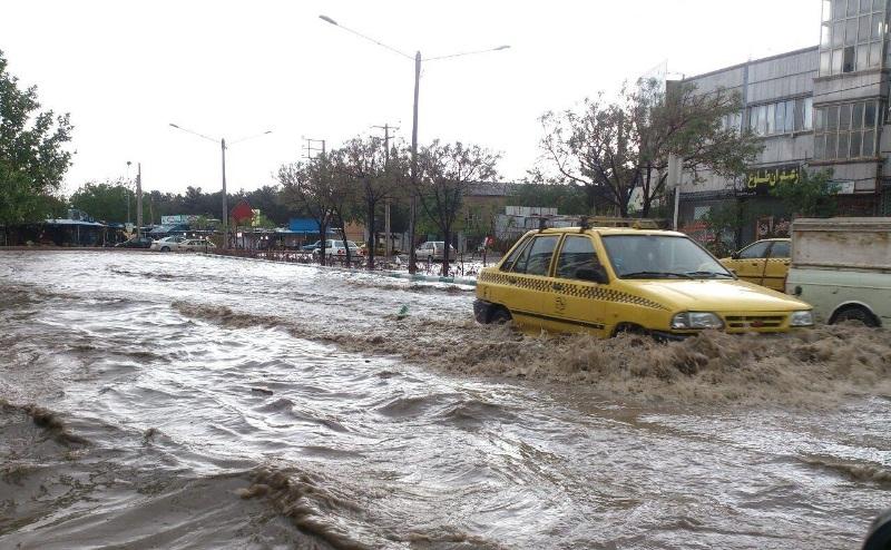 75 گرفتار در سیلاب خراسان جنوبی/ یک فوتی و یک مفقودی در «درمیان»