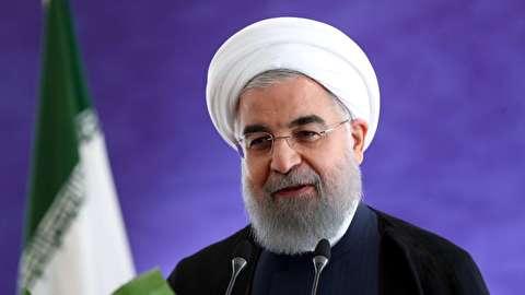 روحانی: همه نیازهای ارزی در سیستم جدید با شفافیت تامین میشود/ بانکها برای جذب سپرده های ارزی مردم تسهیلات فراهم کنند
