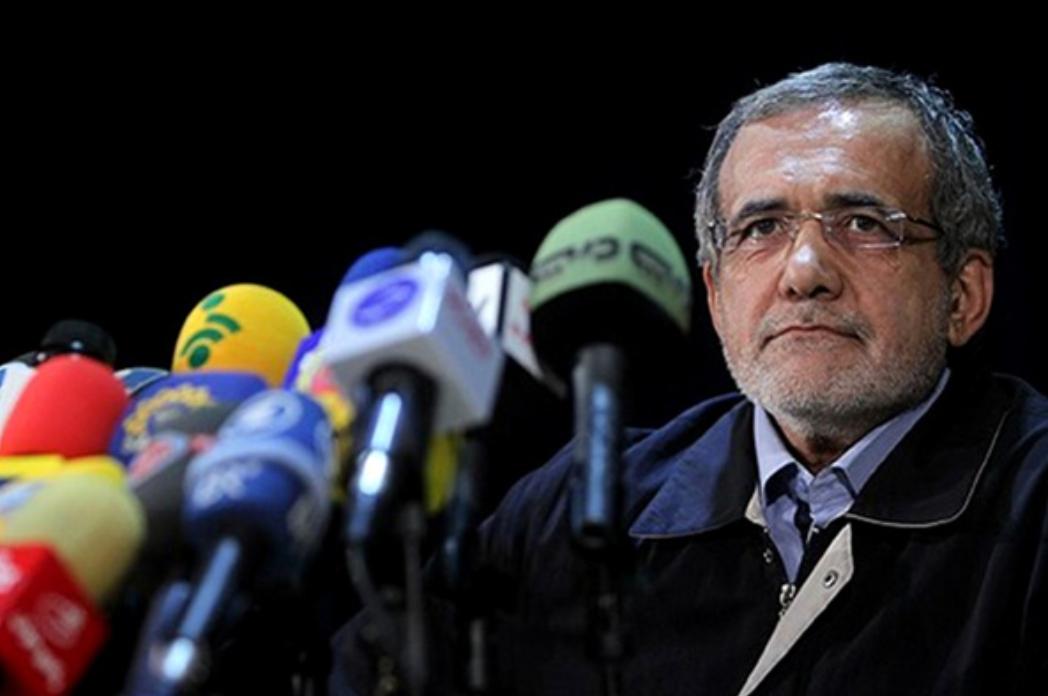 پزشکیان:برخی نمیتوانند FATF را تلفظ کند اما درباره آن اظهارنظرهای مختلفی میکنند/ در دوره احمدینژاد ۷۵۰ میلیارد دلار نفت فروخته شد، آن پولها کجاست؟