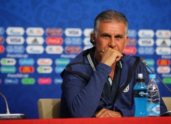 وقتی یک بازیکن با آرنج ضربه می زند، باید کارت قرمز بگیرد؛ می گویند آن رونالدو است / این سوال را از آقای اینفانتنیو دارم؛ می دانید مردم ایران چه فداکاری هایی برای حضور در این رقابت ها انجام دادند؟ / نمی خواهم علیه تیم کشورم صحبت کنم اما عادت کرده ام یک ملت علیه ام باشد / امیدوارم پرتغال به فینال جام جهانی برسد