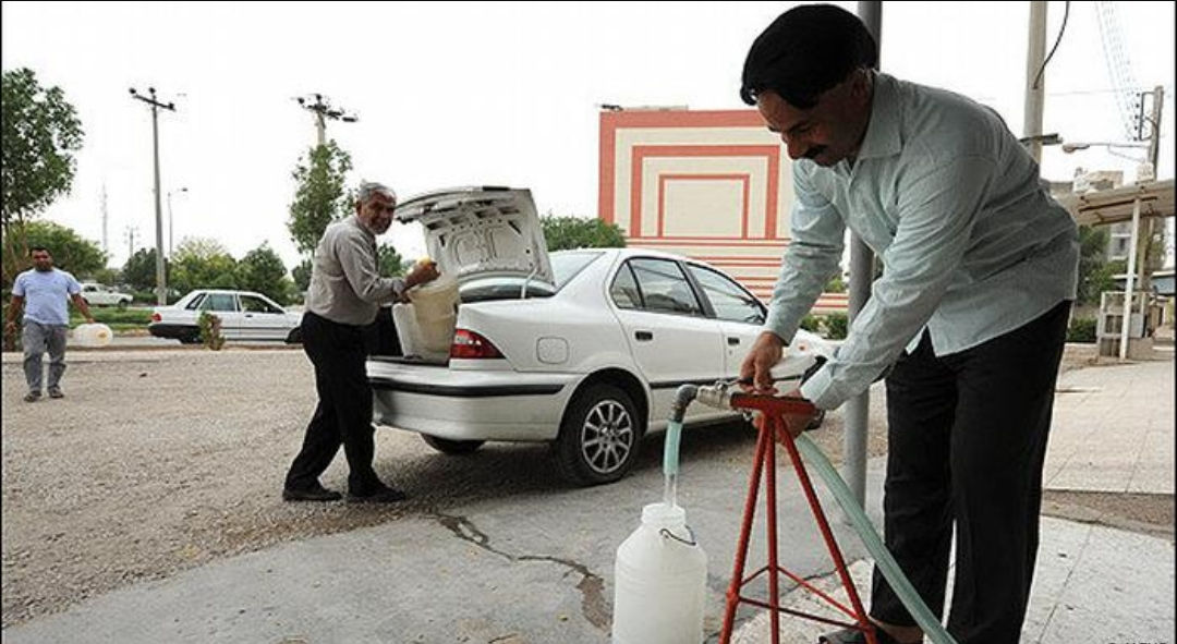 وزیر نیرو: مشکل آب خوزستان 15 تیر ماه برطرف میشود/ فروش آب به کشورهای خارجی کذب است