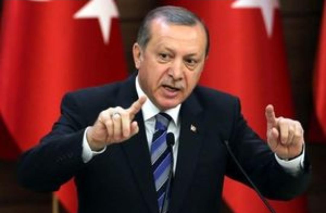 هشدار اردوغان به بازرگانان ترکیه: از احتکار کالا بپرهیزید؛ خیانت است و عواقب بدی برایش خواهد داشت/ کاری که آمریکا با کودتا نتوانست انجام دهد امروز میخواهد با دلار انجام دهد