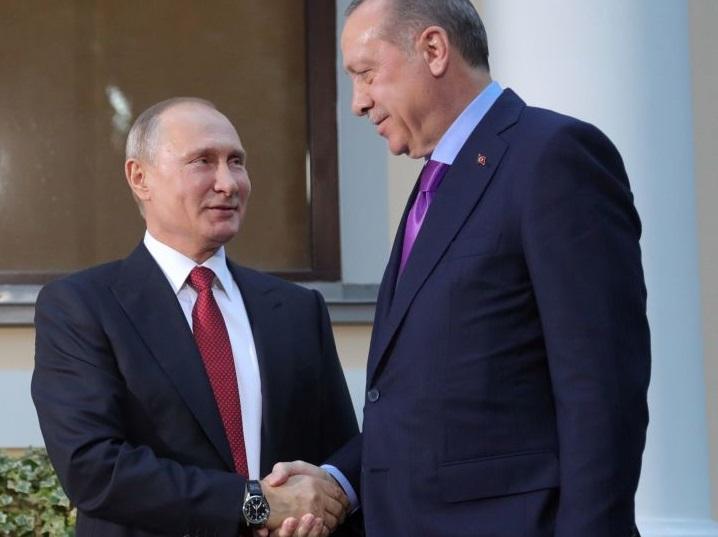 پس اجلاس تهران چه بود که ۱۰ روز بعد، دو کشور حاضر در آن، توافقی بر خلاف توافق قبلی میکنند؟ / یا پوتین در تهران رودربایستی داشت یا اردوغان امتیاز جدیدی به او داده / پوتین اهل زدوبند است؛ ممکن است این بار با ترکیه علیه ایران شده باشد / باید تصمیماتی بگیریم که غافلگیر نشویم