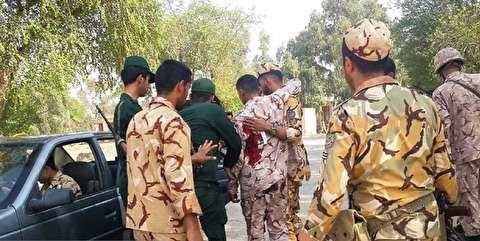 جزئیات حمله تروریستی به رژه نیروهای مسلح در اهواز/ تیراندازی از پارک شهید سبحانی، پشت استیج رژه آغاز شد / مردم ابتدا گمان کردند تیراندازی سهوی بوده / ارتش مردم و خبرنگاران را در پادگان لشکر ۹۲ زرهی پناه داد