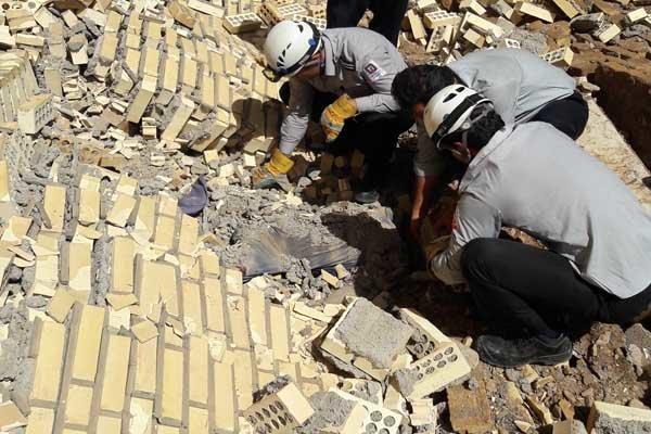 Risultati immagini per ریزش دیوار بیمارستان در حال ساخت کهریزک 5 کشته بر جای گذاشت