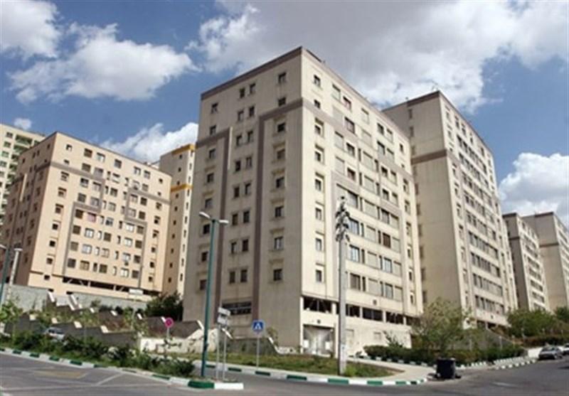 حسام عقبایی نایبرئیس اول اتحادیه مشاوران املاک تهران: با کاهش نرخ ارز، قیمت مسکن ۲۵ درصد ارزان میشود/ بازار مسکن با رکود تورمی سنگینی مواجه است/ عبور از رکود در بازار مسکن ۴ تا ۸ سال طول خواهد کشید