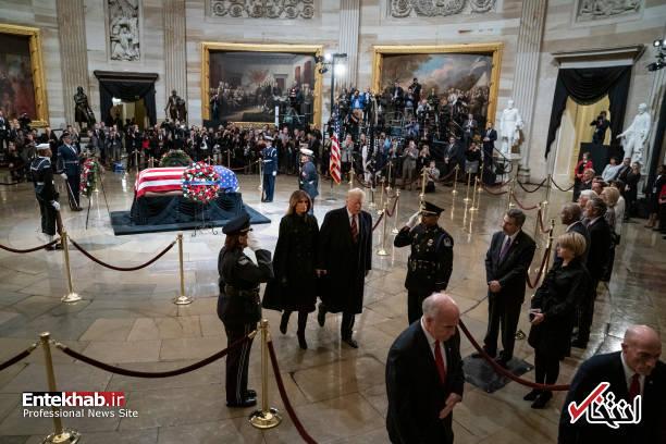 تصاویر : ترامپ و همسرش در مراسم تشییع جورج بوش