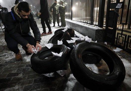تشدید تنشها بین روسیه و اوکراین؛ دونتسک بمباران شد