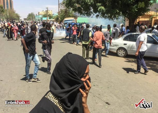 عکس/ معترضان سودانی به مقر فرماندهی ارتش رسیدند