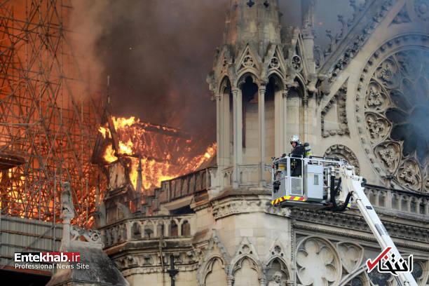 تصاویر: آتش سوزی مهیب در کلیسای ۸۵۰ ساله نوتردام - 5