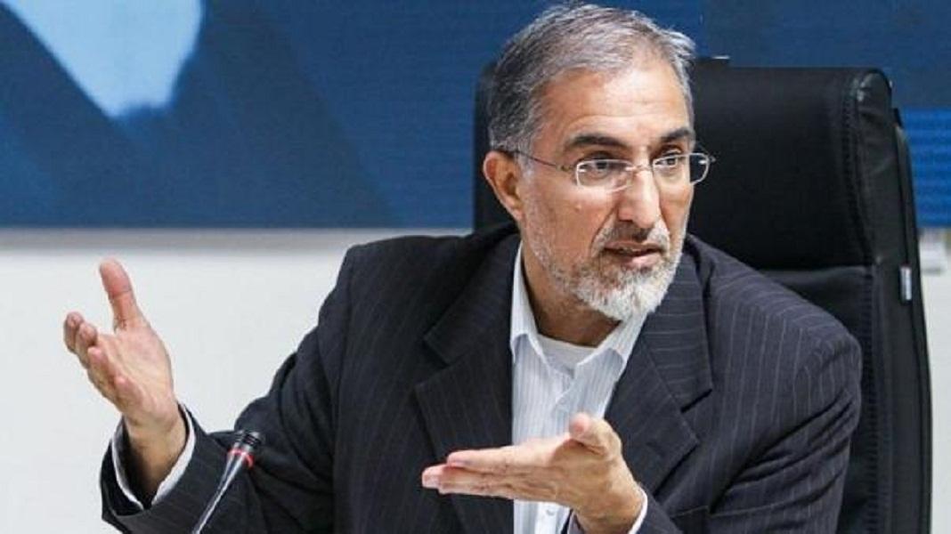 حسین راغفر همراه با بغض: شورش فقط تظاهرات خیابانی نیست؛ شورش، رشد صف ها مقابل سفارتخانه ها برای خروج از ایران است