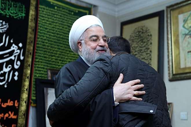 تصاویر : حضور روحانی در منزل سپهبد شهید قاسم سلیمانی